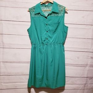 Spring Green Summer Dress with Lace Detailing XL